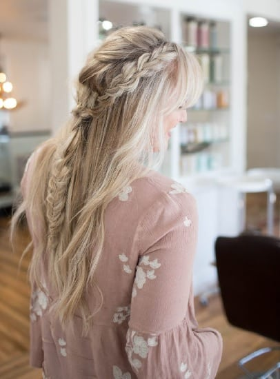 baby shower hairstyles- messy boho braid
