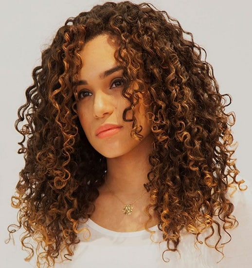diva curl hairdo for mixed racial girl