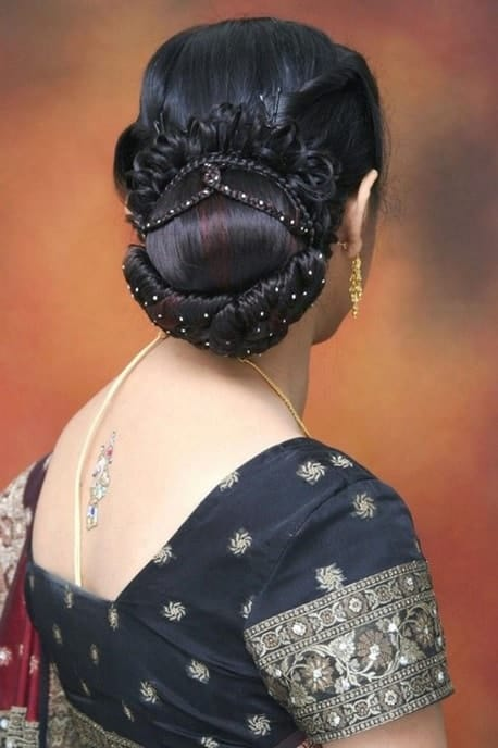 indian hairstyle with gown