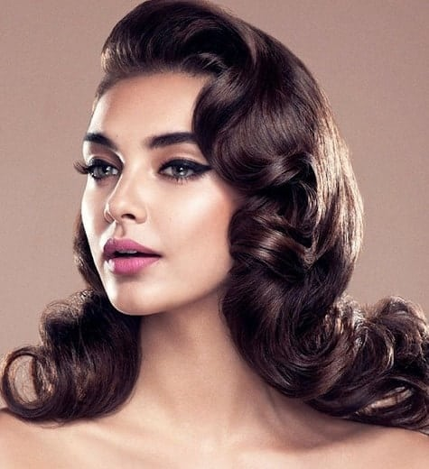 Vintage curled bob hairstyle for thin hair