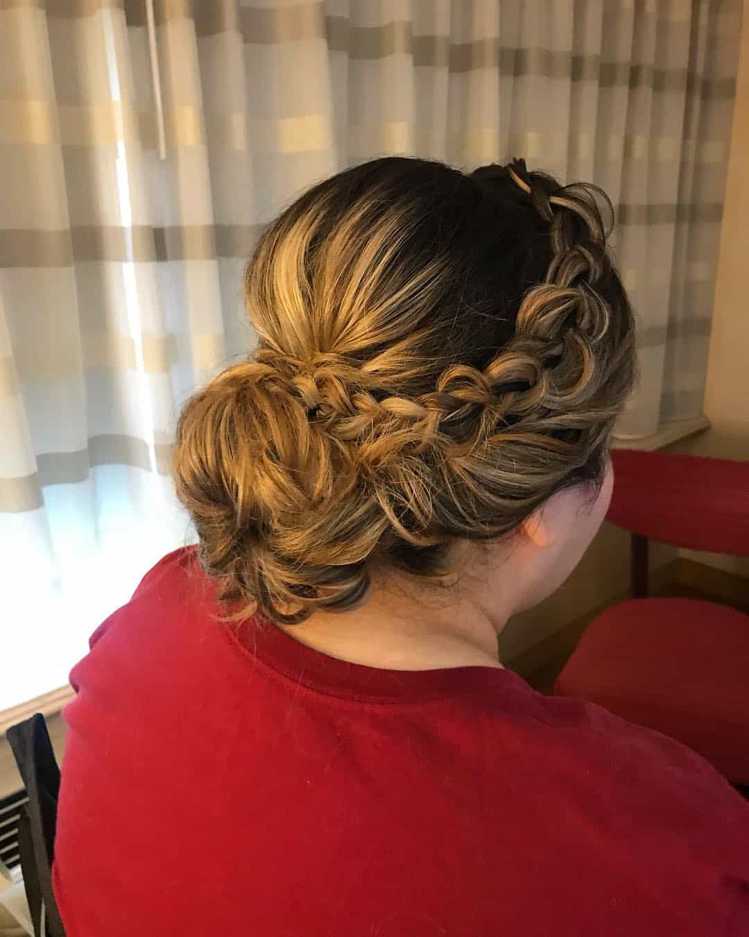 Quinceanera Hairstyles: 12 Stunning Quinceanera Hairstyles With Updos