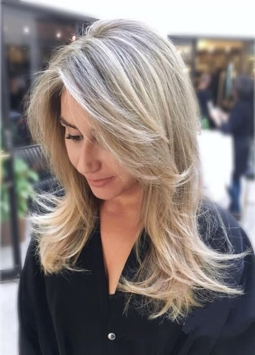 textured long blonde with bangs