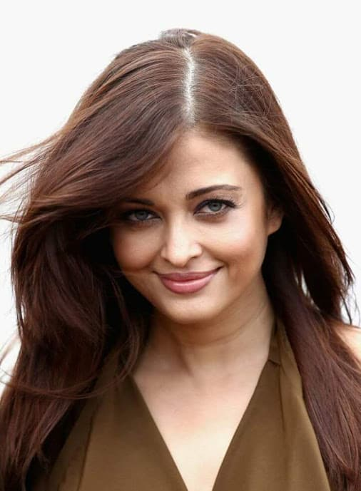 Aishwarya's Feathery Styled Cut