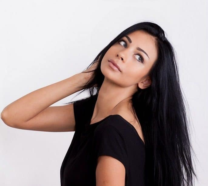 medium straight hair for indian women