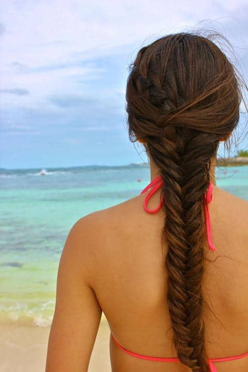 swimming hairstyle with fish braid