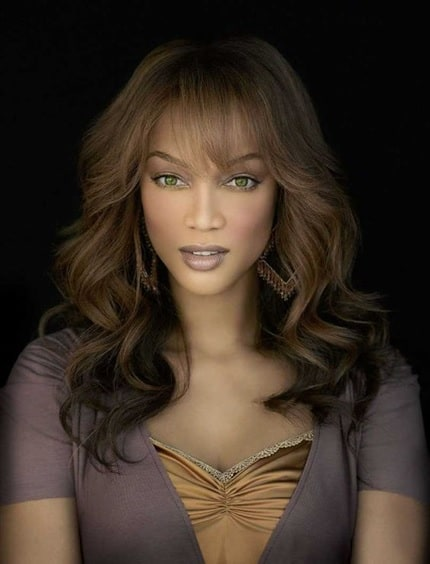 wavy hair with bangs for black women