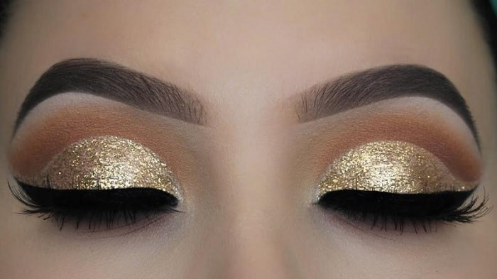 gold glitter eye makeup for brown eyes