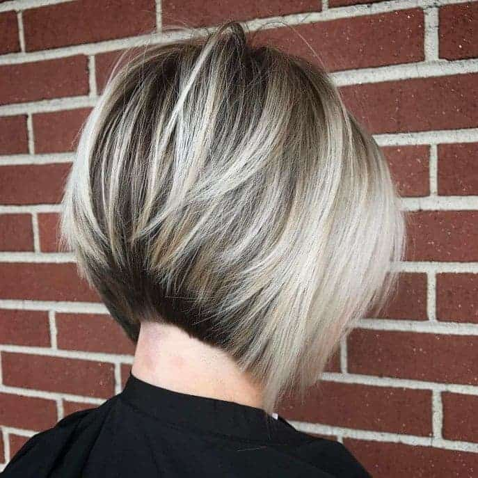 graduated bob with layers