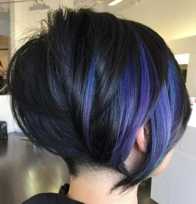 graduated bob for fine hair with blue shade