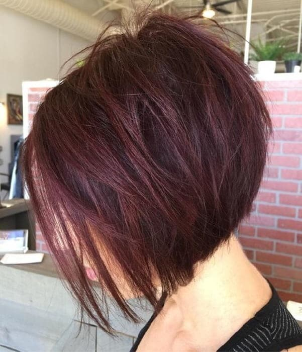 Red Graduated Bob for Women