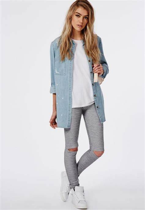 light color outfits with grey leggings