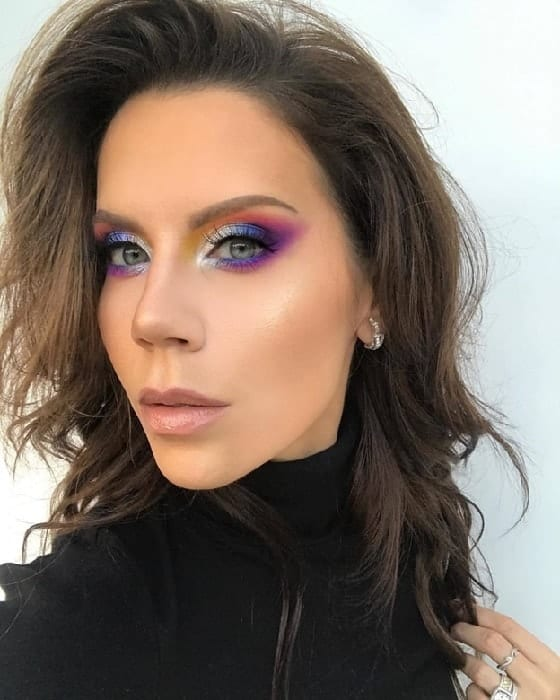 Multicolored Makeup for Blue Eyes