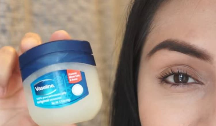 vaseline for eyebrow growth