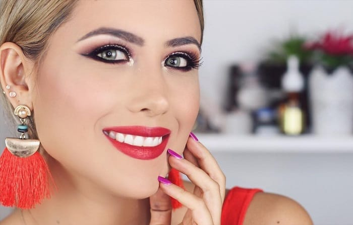 red dress makeup looks for women