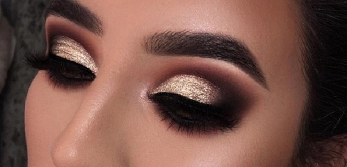 Black and Gold Smoky Eye for Women