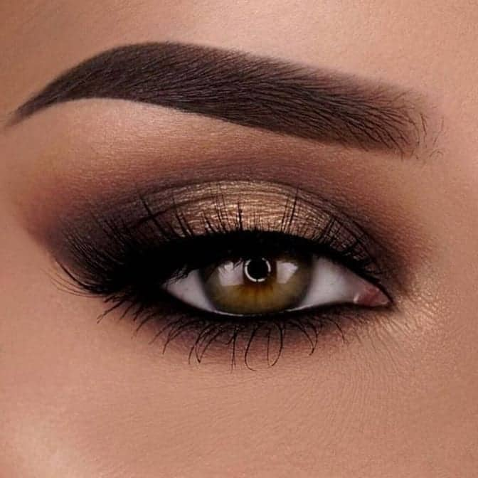 metalic brown smokey eye look