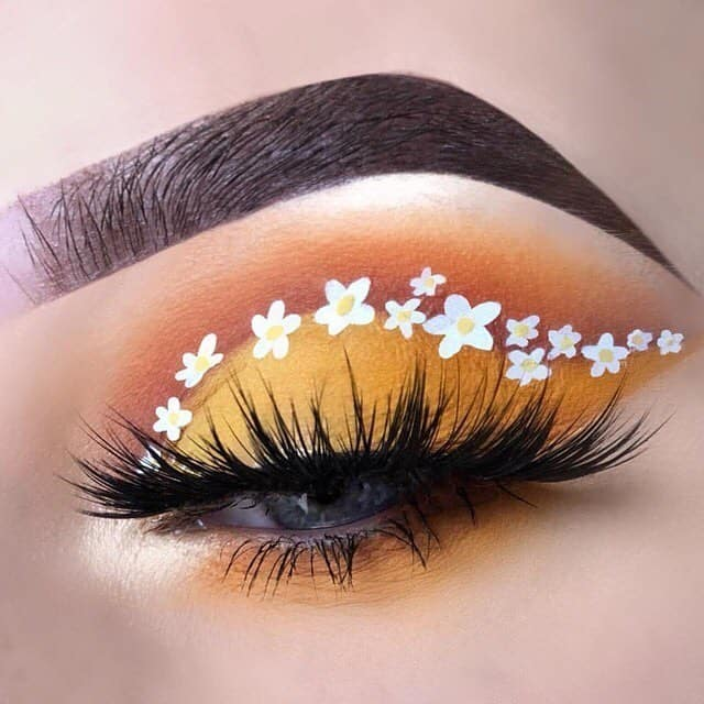 White Lily Eye Makeup Art