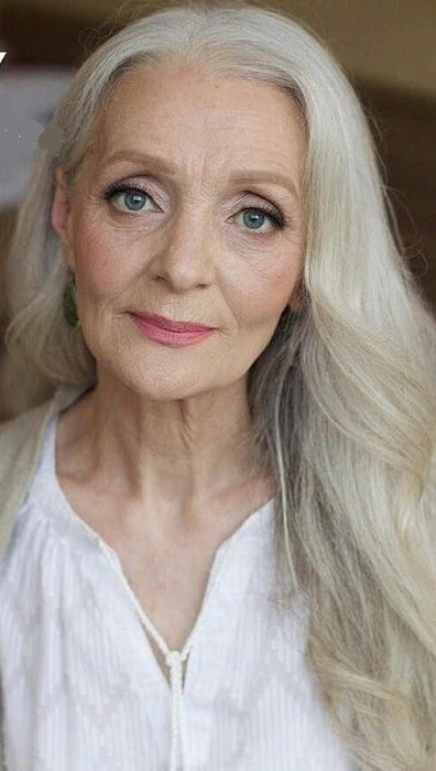 Subtle Eye Makeup for Older Women