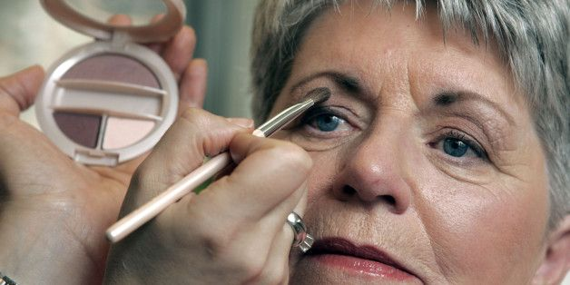 eyeshadow for older women