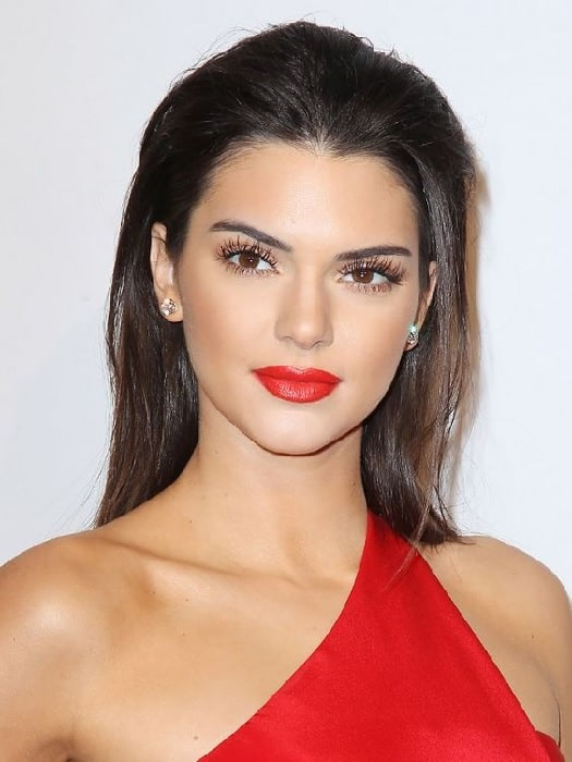 makeup for red dress and brown eyes