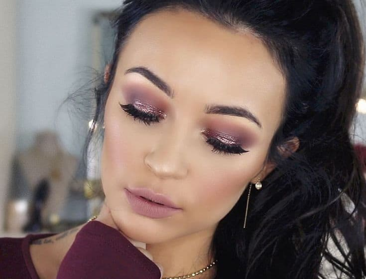 makeup to go with burgundy dress