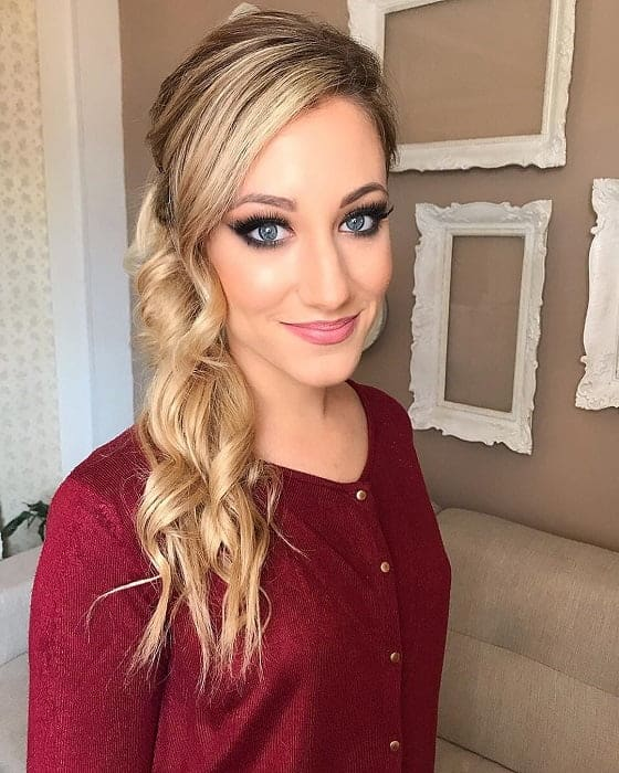 smokey eye makeup for blonde with blue eyes