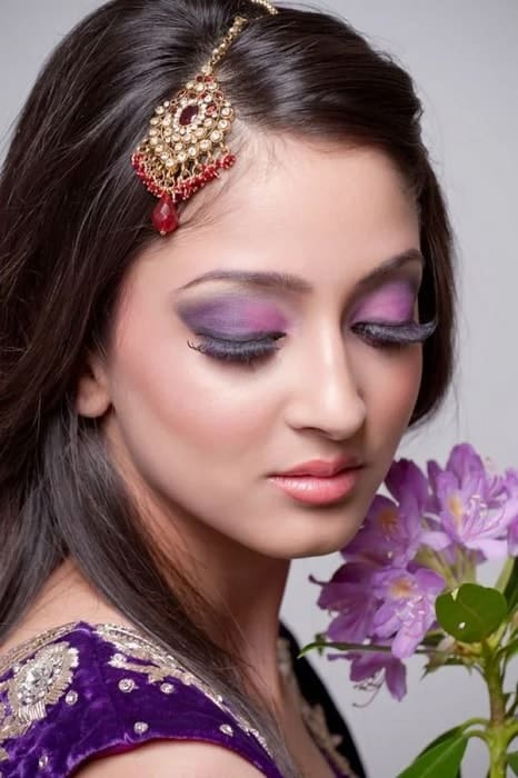 makeup to go with purple dress for women