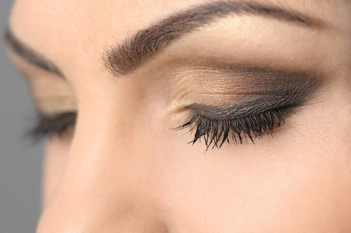 women with ombre eyeshadow